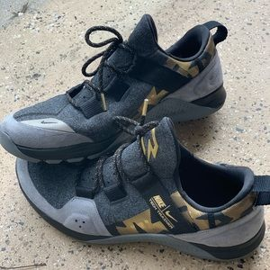 Nike Tech Trainer Men's Tennis Shoes